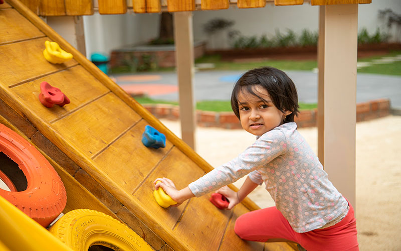 play outdoors safty-day care centres in richmond town